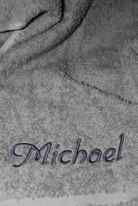 Saunatuch mit Name bestickt, 70x200cm, silber; edle Handtuchserie, Stickerei
