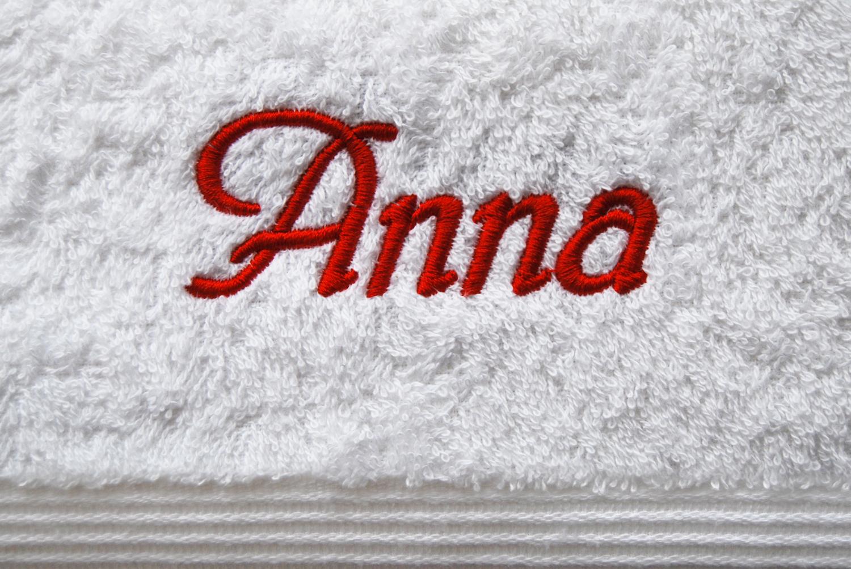 badetuch mit name bestickt nach wunsch sehr beliebt als geschenk. Black Bedroom Furniture Sets. Home Design Ideas